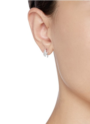 Figure View - Click To Enlarge - Khai Khai - 'Running Man' diamond earrings
