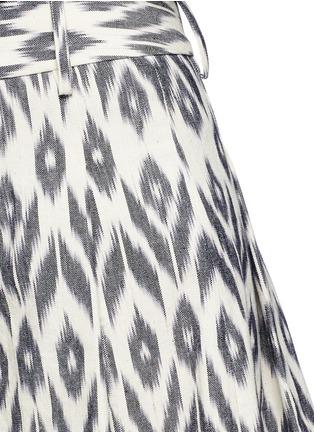 Detail View - Click To Enlarge - alice + olivia - 'Scarlet' ikat print flutter shorts