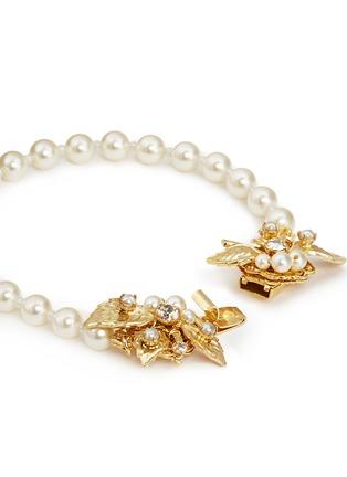 Detail View - Click To Enlarge - Miriam Haskell - Swarovski crystal leaf filigree glass pearl bracelet