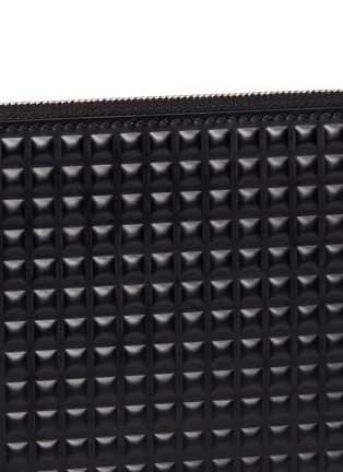 Detail View - Click To Enlarge - BALENCIAGA - Clip' medium grid textured leather pouch