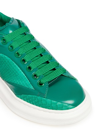 Detail View - Click To Enlarge - ALEXANDER MCQUEEN - Chunky outsole python trim leather sneakers