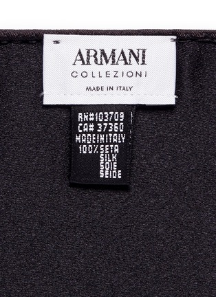 Detail View - Click To Enlarge - Armani Collezioni - Silk satin pocket square