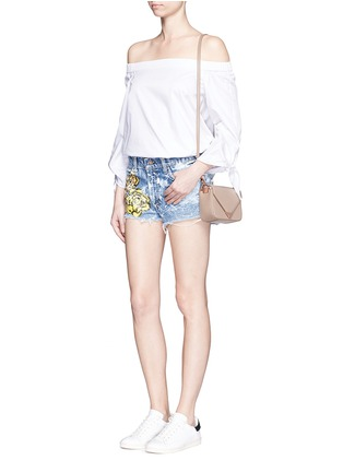 Figure View - Click To Enlarge - RIALTO JEAN PROJECT - One of a kind hand-painted rose vintage denim shorts