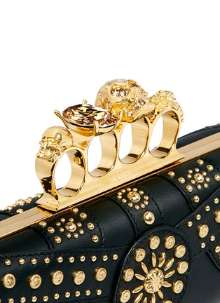 Detail View - Click To Enlarge - Alexander McQueen - Stud skull leather knuckle clutch