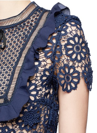 Detail View - Click To Enlarge - self-portrait - 'Louisa' ruffle bib 3D floral guipure lace dress