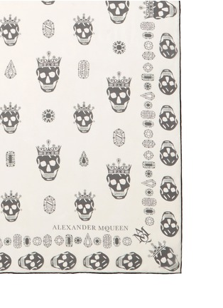 Detail View - Click To Enlarge - ALEXANDER MCQUEEN - 'Kings & Queens' skull silk chiffon scarf
