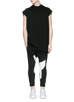 Figure View - Click To Enlarge - SIKI IM / DEN IM - Off-centre drawstring contrast print jogging pants