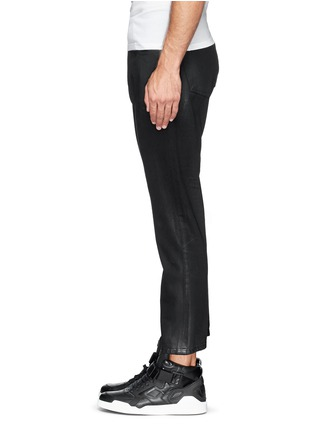 Detail View - Click To Enlarge - SIKI IM / DEN IM - 'Peg' sheen denim cropped jeans