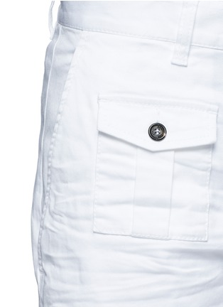 Detail View - Click To Enlarge - Dsquared2 - 'Tizzy' cropped cotton chinos