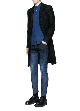 Figure View - Click To Enlarge - Dsquared2 - 'Sexy Twist' rip and repair slim fit jeans