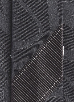 Detail View - Click To Enlarge - Dries Van Noten - Swirly jacquard silk tie