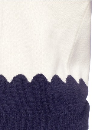 Detail View - Click To Enlarge - Chloé - Scalloped contrast wool-cashmere sweater