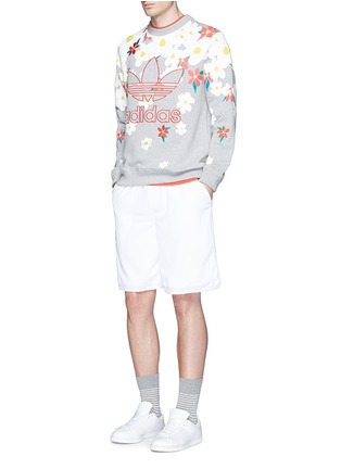 Figure View - Click To Enlarge - ADIDAS BY PHARRELL WILLIAMS - 'Daisy' logo embroidered sweatshirt