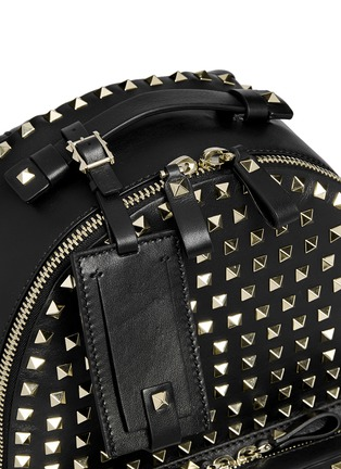 Detail View - Click To Enlarge - Valentino - 'Rockstud' medium stud leather backpack