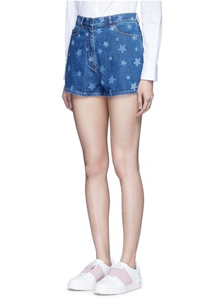 Front View - Click To Enlarge - Valentino - Star print denim shorts