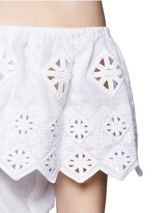Detail View - Click To Enlarge - Miguelina - 'Dakota' geometric embroidery off-shoulder cropped top