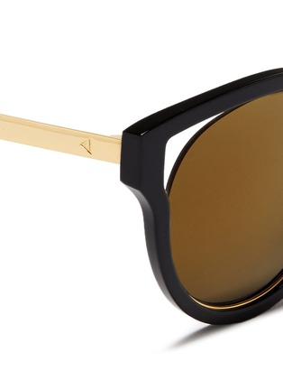 Detail View - Click To Enlarge - Stephane + Christian - 'Dali' inset metal rim acetate mirror sunglasses