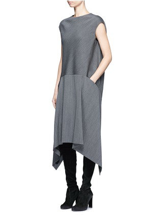 Figure View - Click To Enlarge - Balenciaga - Knit effect cutout hem dress
