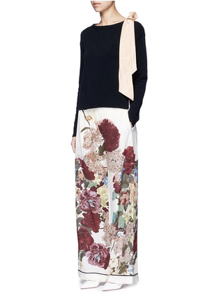 Figure View - Click To Enlarge - Valentino - Contrast silk sash cashmere blend sweater