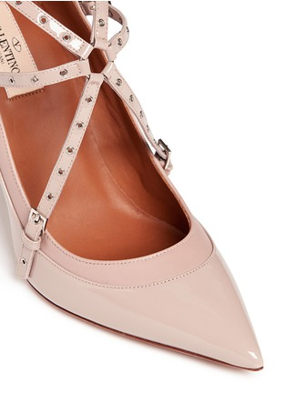 Detail View - Click To Enlarge - Valentino - 'Love Latch' caged patent leather pumps