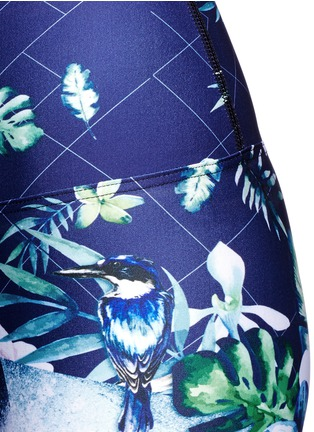 Detail View - Click To Enlarge - We Are Handsome - 'The Dalliance' print mesh trim active leggings