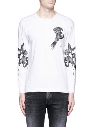 Main View - Click To Enlarge - Saam1 - 'Sweet Pea' dragon embroidery Henley shirt