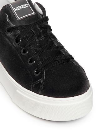 Detail View - Click To Enlarge - KENZO - Leather trim velvet platform sneakers