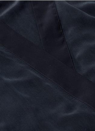 Detail View - Click To Enlarge - Kiki De Montparnasse - 'Perfect' silk combo robe