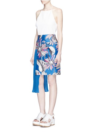 Figure View - Click To Enlarge - Chictopia - Asymmetric accordion pleat floral print skirt