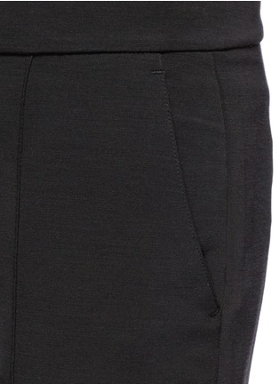 Detail View - Click To Enlarge - Vince - Pintuck centre seam stretch pants