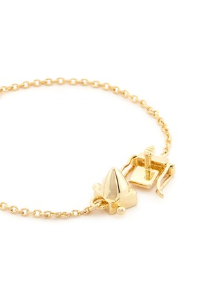 Detail View - Click To Enlarge - Eddie Borgo - Metal cone charm bracelet
