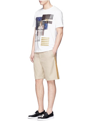 Figure View - Click To Enlarge - Palm Angels - Lurex side stripe shorts