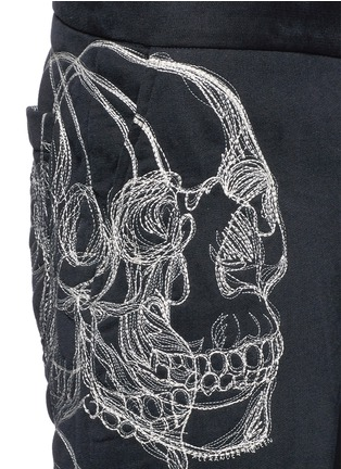 Detail View - Click To Enlarge - Alexander McQueen - Skull sketch embroidery jogging pants