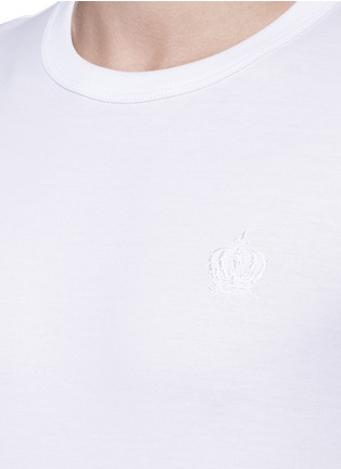Detail View - Click To Enlarge - Dolce & Gabbana - Crown embroidery T-shirt