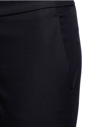 Detail View - Click To Enlarge - Theory - 'Thaniel' elastic waist cropped pants