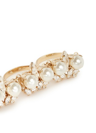 Detail View - Click To Enlarge - Anton Heunis - Swarovski crystal pearl four finger ring