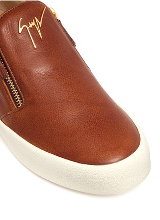 Detail View - Click To Enlarge - Giuseppe Zanotti Design - 'May London' leather skate slip-ons