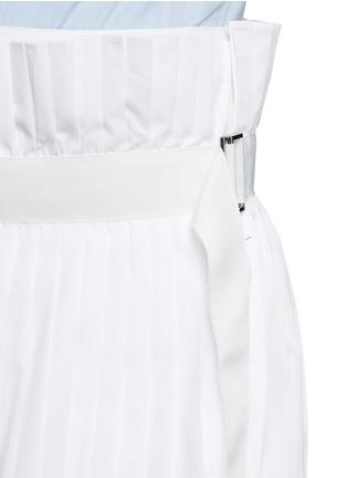 Detail View - Click To Enlarge - Sacai - Paperbag waist pleat poplin long shorts