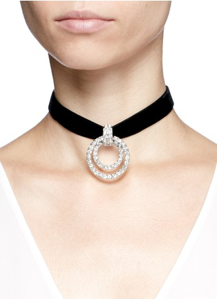 Figure View - Click To Enlarge - KENNETH JAY LANE - Circle crystal pavé velvet choker necklace