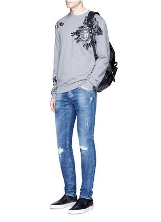 Figure View - Click To Enlarge - - - Floral embroidery cotton sweatshirt