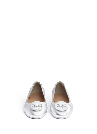 Front View - Click To Enlarge - Tory Burch - 'Minnie Travel' metallic leather ballet flats