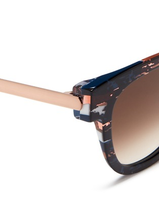 Detail View - Click To Enlarge - THIERRY LASRY - 'Mondanity' tortoiseshell effect acetate metal temple sunglasses