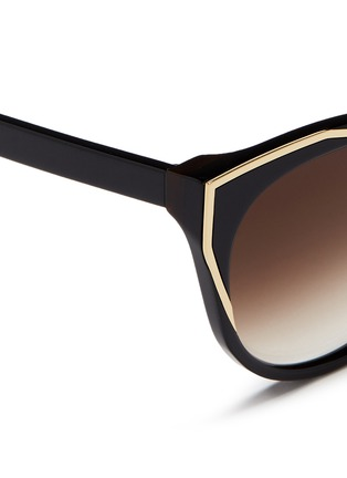 Detail View - Click To Enlarge - Thierry Lasry - 'Polygamy' metal corner acetate cat eye sunglasses