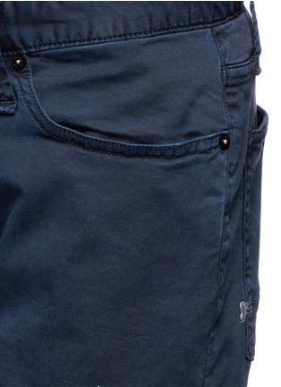 Detail View - Click To Enlarge - Denham - 'Razor' cotton chino shorts