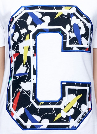 Detail View - Click To Enlarge - Etre Cecile  - 'Big C' abstract leopard print embroidery T-shirt