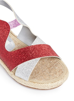 Detail View - Click To Enlarge - Stella Mccartney Kids - 'Raspberry' colourblock metallic glitter kids sandals