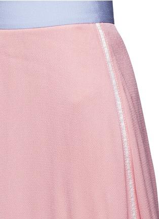 Detail View - Click To Enlarge - Roksanda - 'Leighton' ladder stitch seam crepe skirt