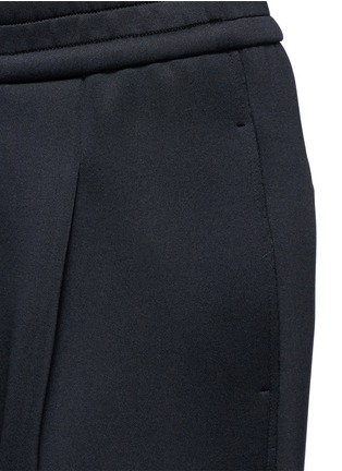 Detail View - Click To Enlarge - Dkny - Pleated scuba jersey cropped pants
