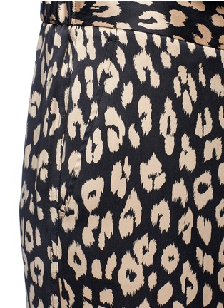 Detail View - Click To Enlarge - Equipment - 'Avery' leopard print silk pyjama pants