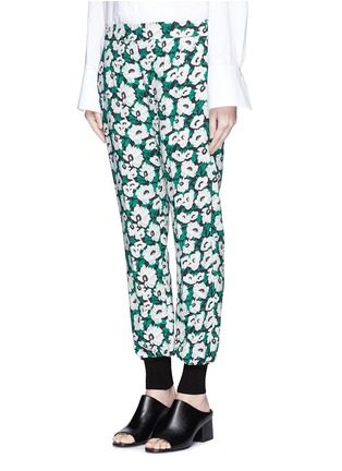Front View - Click To Enlarge - STELLA MCCARTNEY - Margarita flower print crepe pants